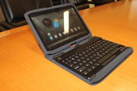 Motorola Xyboard 10 polegadas com case e teclado